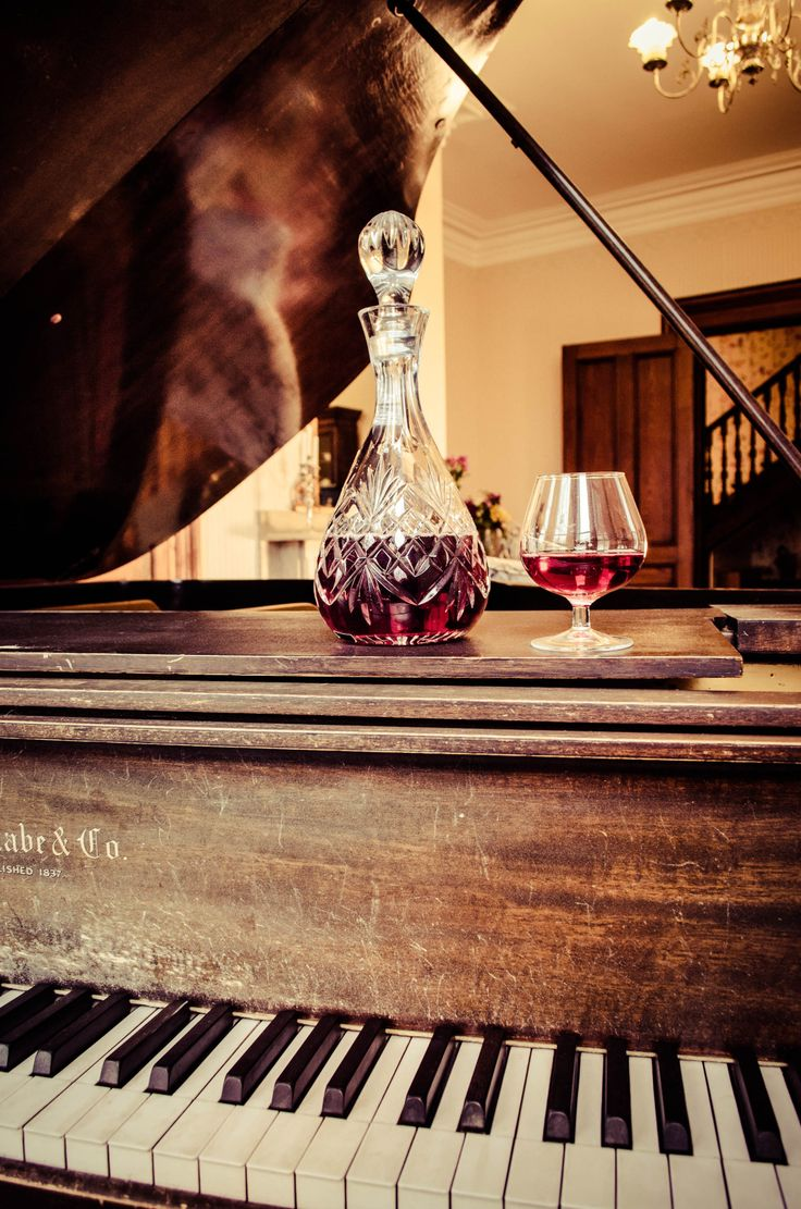 Piano Room, Queen Anne Inn-Annapolis Royal.