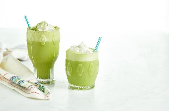 Iced Vanilla Bean Matcha Latte…with a twist! — Oh She Glows