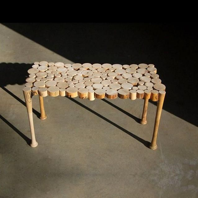 table Fritz Horstman took baseball bats and made this amazing table....