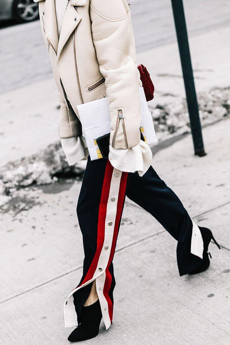 track pants--Street style New York Fashion Week, febrero 2017 © Diego Anciano