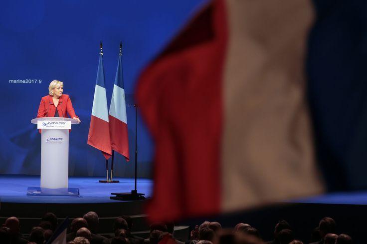 TF1 retire un drapeau européen à la demande de Marine Le Pen