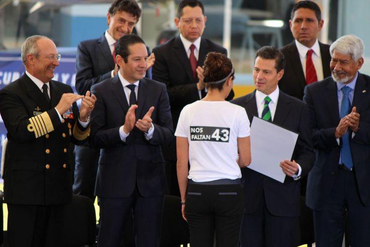 #DESTACADAS:  Entrega Enrique Peña Nieto reconocimientos a investigadores - todotexcoco.com