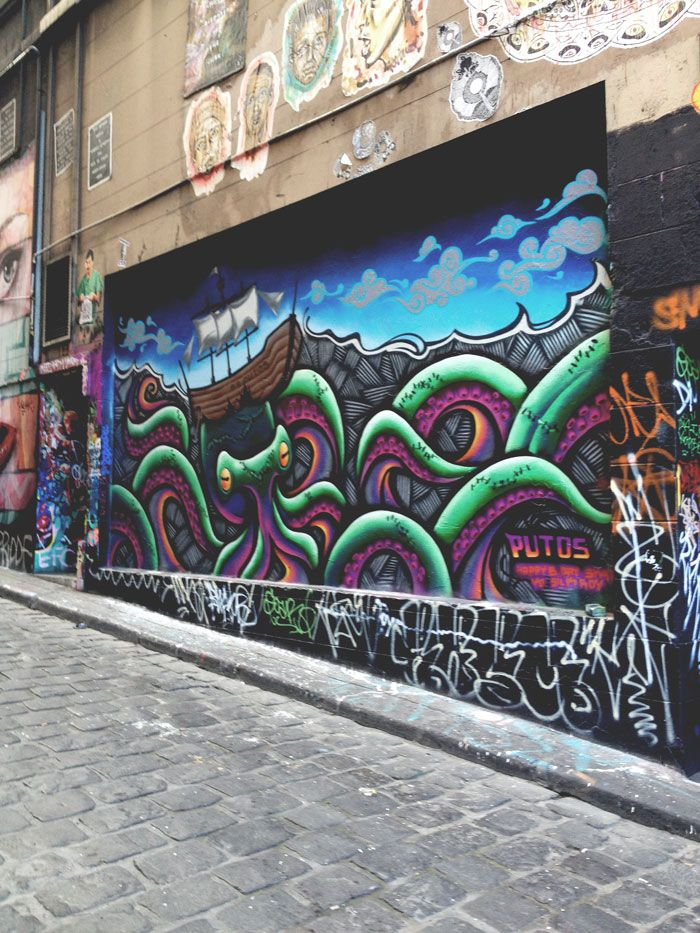 Melbourne with Kids - Hosier Lane, Melbourne CBD