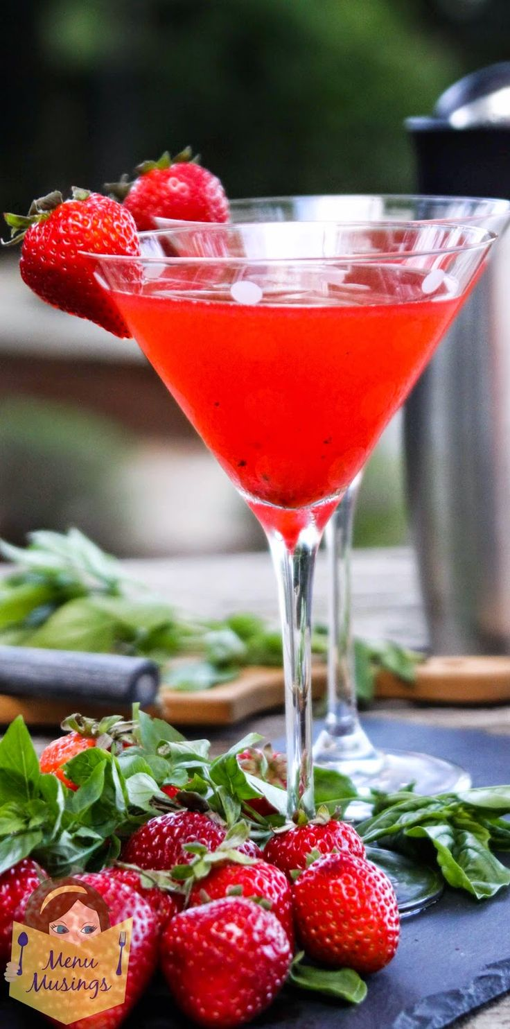Strawberry basil martini -  Step-by-step photo recipe tutorial to making this absolutely amazing taste of summertime in a glass!