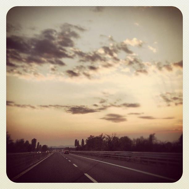 "@mauroparolo's photo: ""Going  home... #ig #iphone #iphonesia  #phototag_it  #sunset #igpadua #igers"""