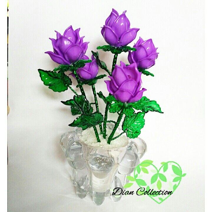 bunga akrilik mini ungu