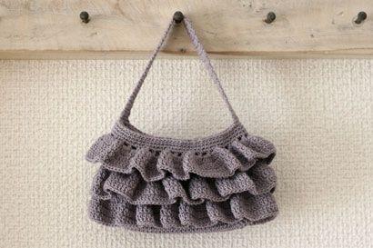 フリルのミニ・ポーチの作り方|編み物|編み物・手芸・ソーイング | アトリエ|手芸レシピ16,000件!みんなで作る手芸やハンドメイド作品、雑貨の作り方ポータル