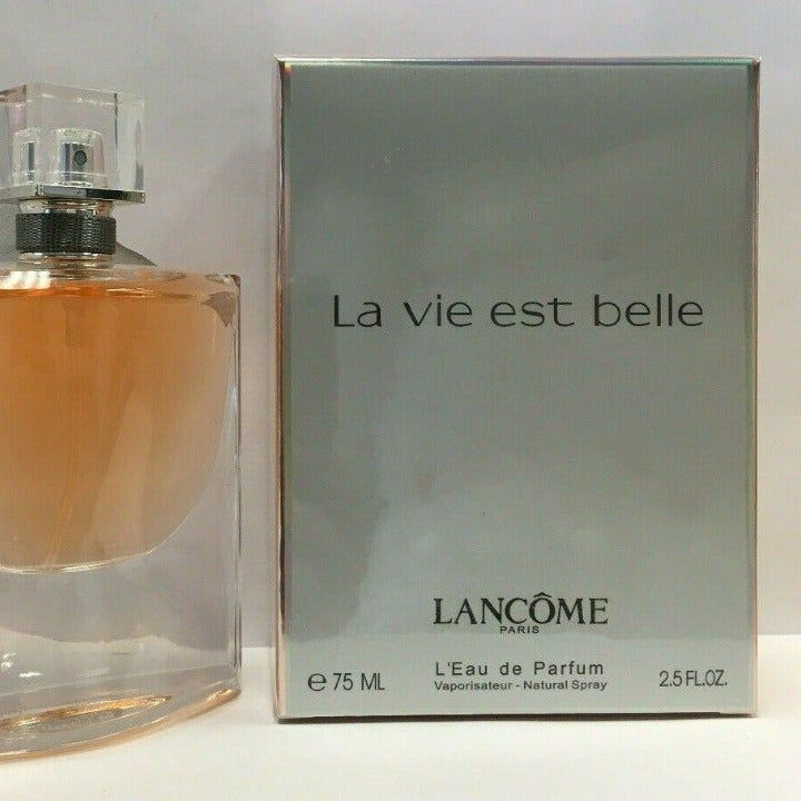 Brand New In Box Never Used Or Sprayed La Vie Est Belle By Lancome 110 Women S 2 5 Ounce Size Perfume Spray Smell Perfume Perfume Spray Perfume Bottles