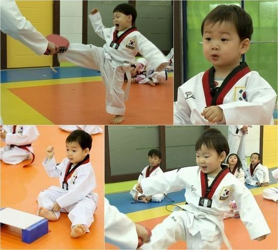 """Actor Song Il Gook's adorable triplet sons—Dae Han, Min Gook, and Man Se—will be showing off their taekwondo (traditional martial arts) skills on the upcoming broadcast of KBS' variety program """"Superman Returns."""" On the March 1 episode of """"Superman Returns,"""" the triplets will be trying their hand at..."""
