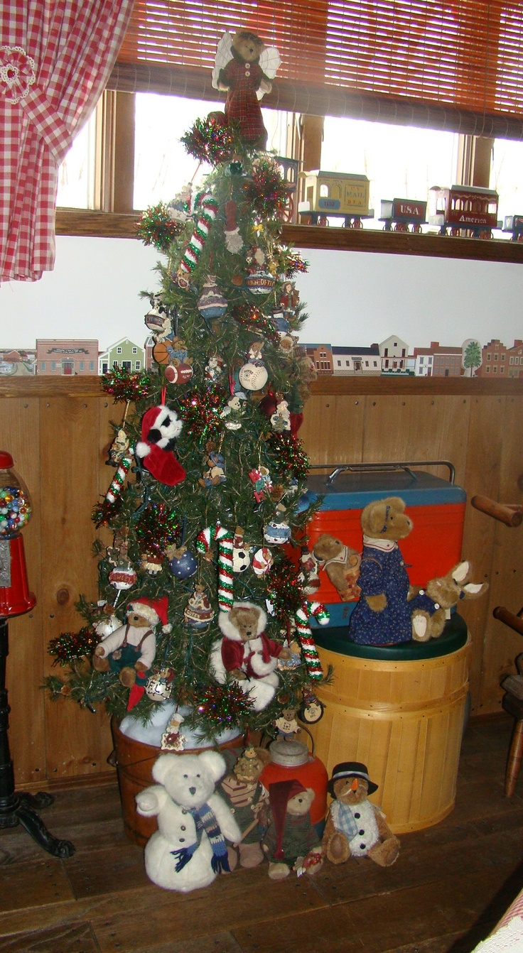 Boyds Bear Tree Skirt