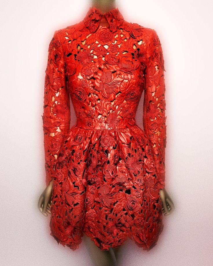 valentino italian fashion designer