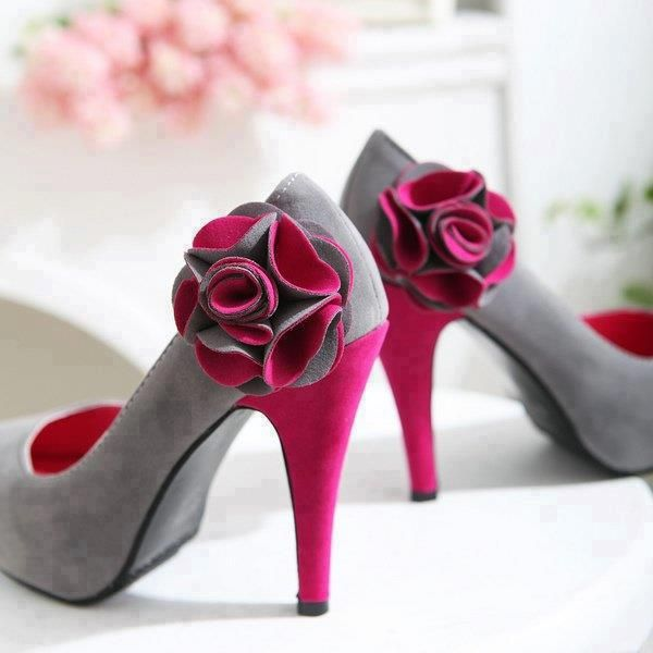 Purple and grey flowered high heel shoes for ladies. LOVE them