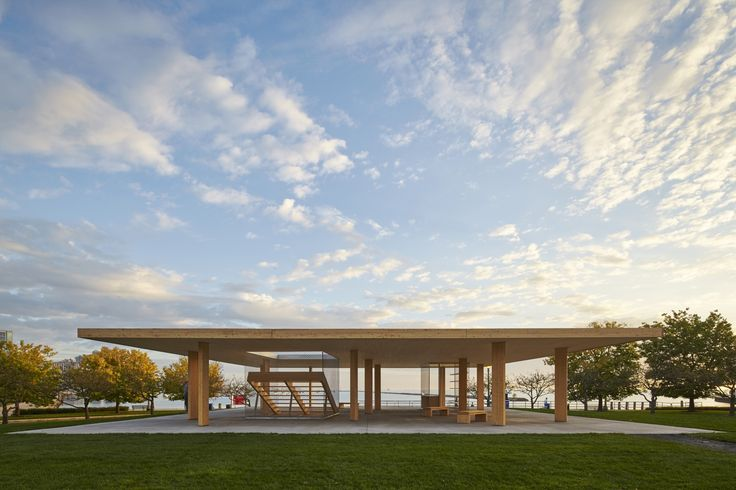 Completed in 2015 in Chicago, United States. Images by Tom Harris. How much kiosk can you get for $75,000? Chicago Horizon probes this question through a quest to build the largest flat wood roof possible. Using...