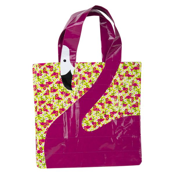 Duck Tape® Flamingo Beach Bag  | Ducktivities #ducktape #craft #diy