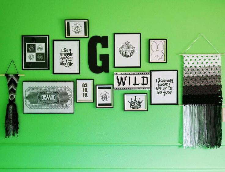 I absolutely adore my son's nursery and how it is coming along 💚🖤♡  Nearly everything was handmade by me or other talented artists on Etsy, Instagram & Pinterest!  So many creative people are able to share their work with millions of people through these platforms, and I think that is amazing! #thewisefiberco @thewisefiberco