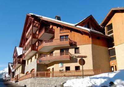 Résidence Prestige La Cascade - Les Epinettes, prix promo location vacances Vaujany Odalys Vacances à partir de 240.00 € TTC.