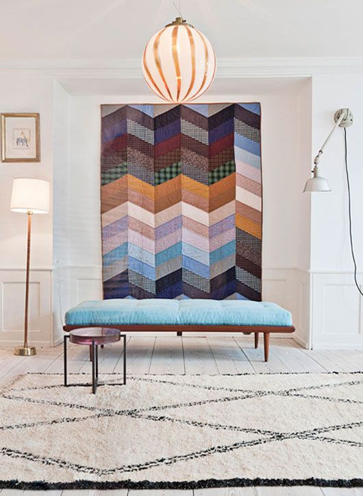 muralWall Decor, Home Ideas, Wall Quilt, Wall Hanging, Moroccan Rugs, Nordic Design, Living Room, Apartments, Chevron Quilt