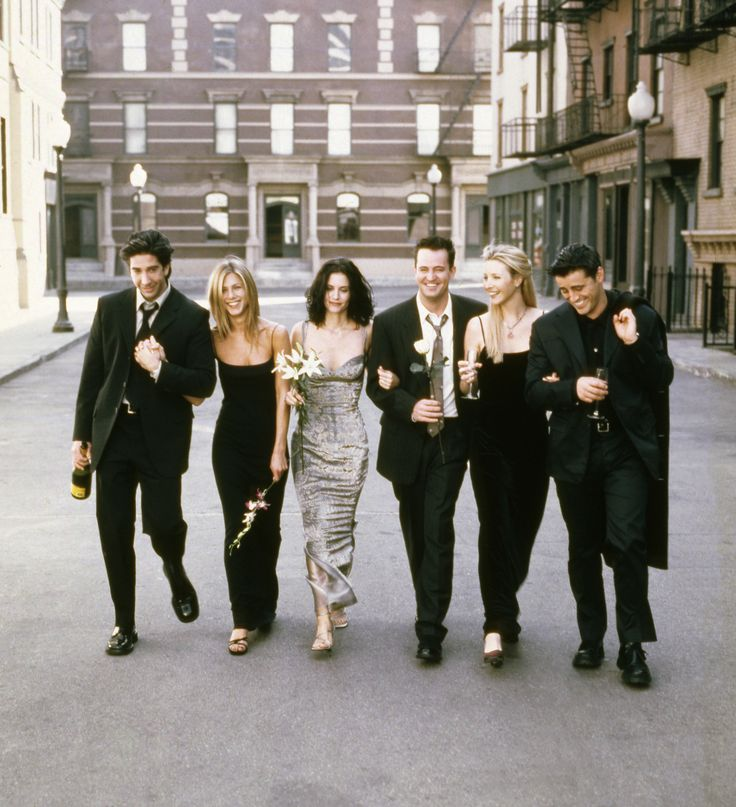 FRIENDS -- Season 6 -- Pictured: (l-r) David Schwimmer as Ross Geller, Jennifer…