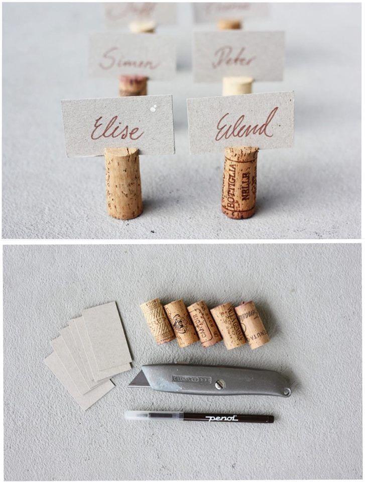 Tischkarten aus einem Korken und einer Karte  Tischkarten in 2019  Namenskarten hochzeit