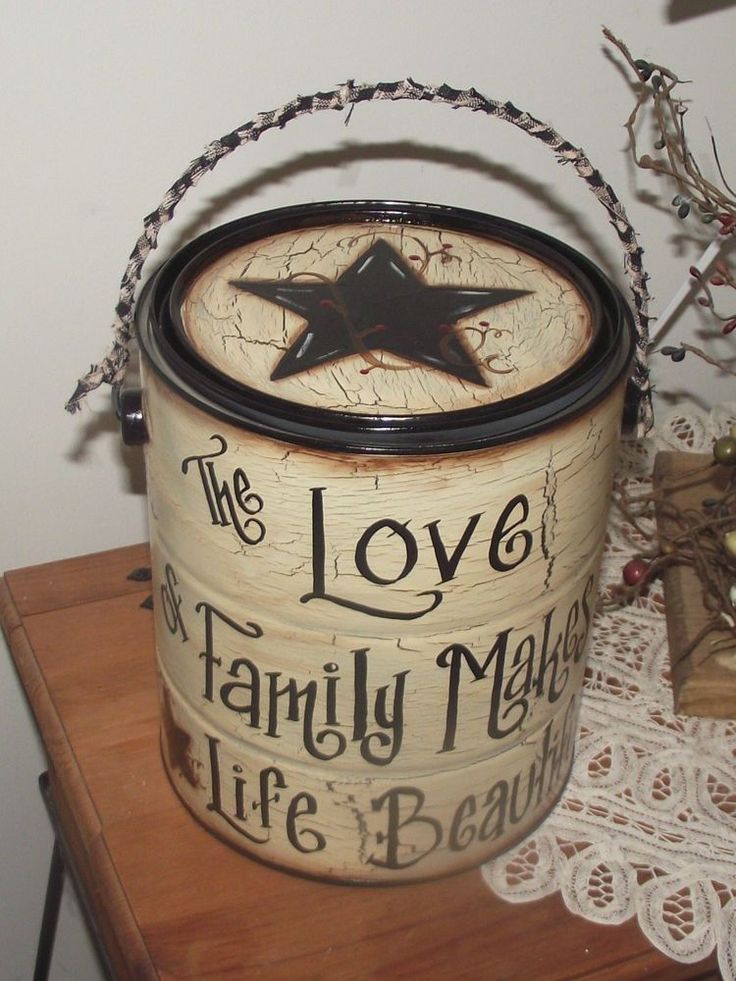 Primitive Style~Crackle Paint Can/Canister~Black Star with Berries~PERSONALIZED