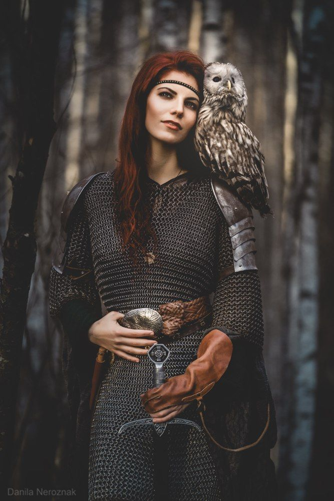17 Best images about Amazons, Valkyries and Shieldmaidens ...