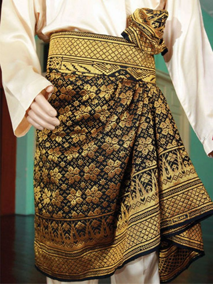 Samping Ikatan Kembung Biasa Malay Traditional Costume