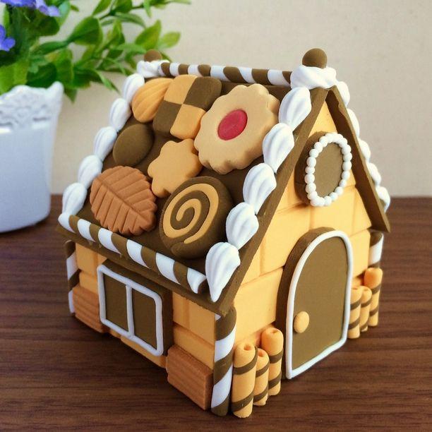 お菓子の家の小物入れ~ほのぼの粘土細工~画像1