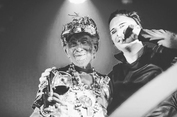 "22 ""Μου αρέσει!"", 1 σχόλια - Empire of the Sun Greece (@empireofthesungreece) στο Instagram: ""@lee_scratch_perry and @empireofthesunsound"""