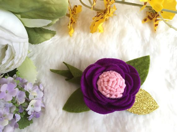 Sweet pea Felt flower hairband. Lilac coral by LovablePonytail
