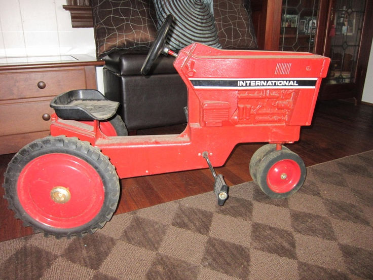 Drive Chain Tractor : Top ideas about pedal tractors on pinterest john