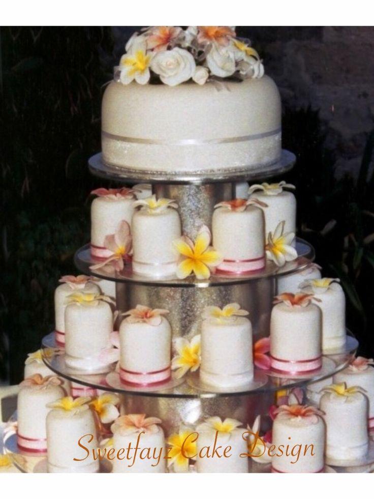 frangipanni mini cylinder wedding cake