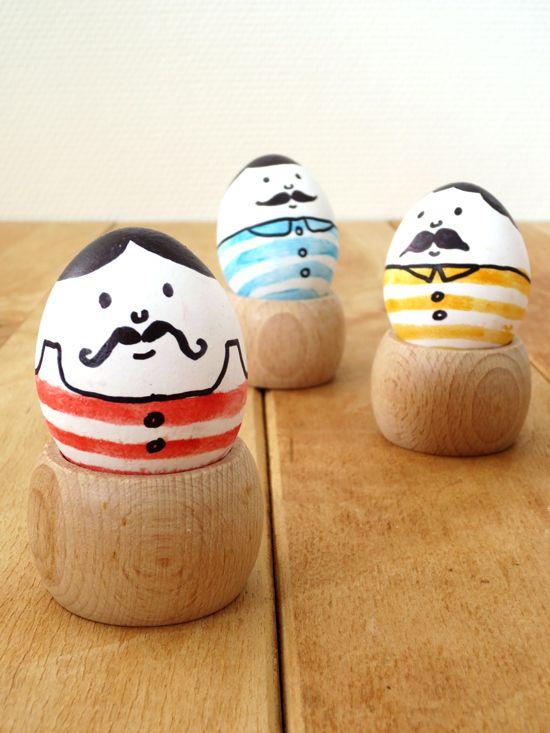 Level: easy // Witzig - auch so können Ostereier aussehen // Gesehen bei: http://bywilma.com/diy/diy-mustache-men-eggs-for-easter/