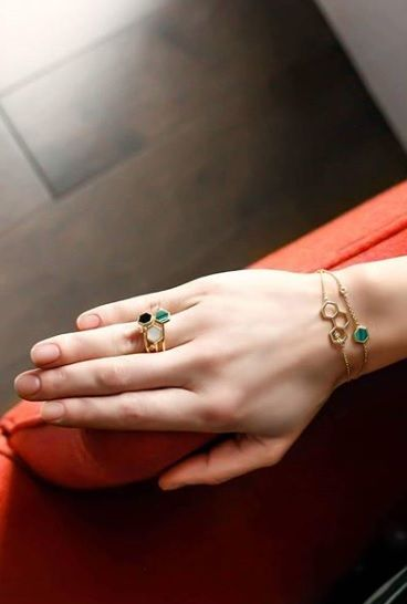 Glam and gold, we are obsessing over these Birks Bee Chic bracelets and rings. Featured: Birks Bee Chic Malachite Bracelet, Birks Bee Chic Triple Honeycomb Bracelet , Birks Bee Chic Malachite Ring, Birks Bee Chic Onyx Ring, Birks Bee Chic Mother-of-Pearls Ring. Bee colonies are experiencing a global decline due to parasites, pesticides, viruses and environmental changes. In partnership with Alvéole, the Birks for Bees campaign supports the preservation and protection of honey bees.