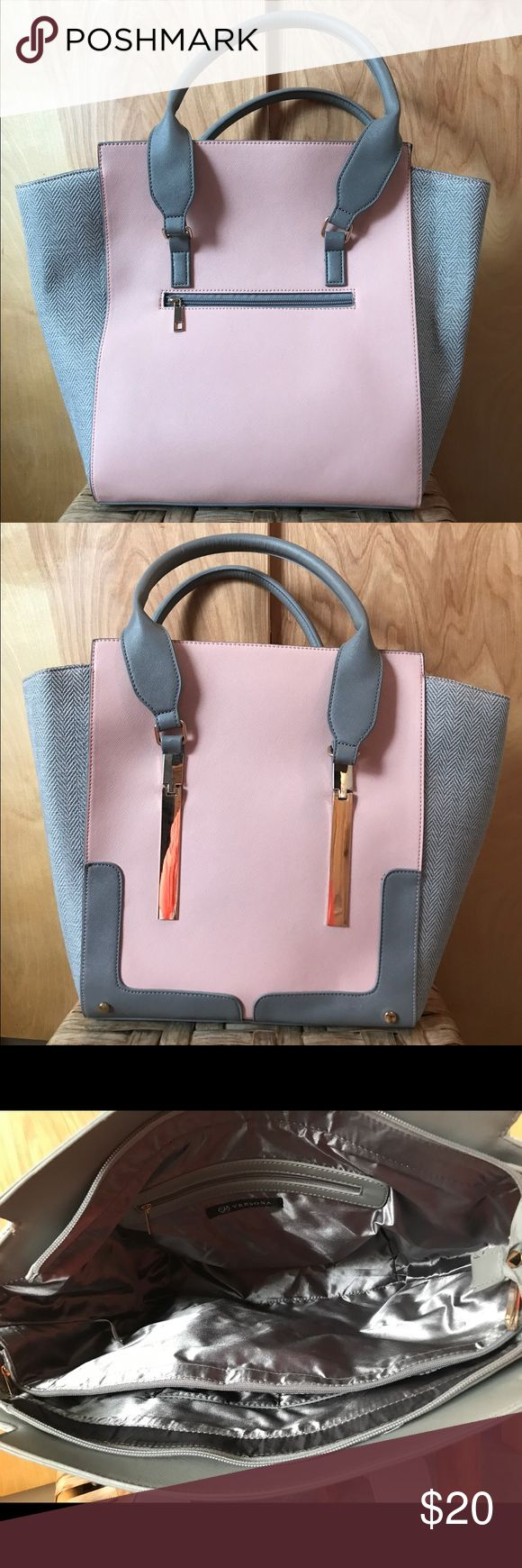 """Large Tote/Handbag ~Baby pink and a blue/grey ~Gold hard ware  ~Compatible with 15"""" MacBook Pro ~Never been used, perfect condition ~Large zipper pocket on the inside ~4 total pockets in the inside with one zip pocket on the outside (seen in above pictures)  ~Inside material: plastic lining (easy to clean) ~Outside material: faux leather and luxury burlap Versona Bags Totes"""