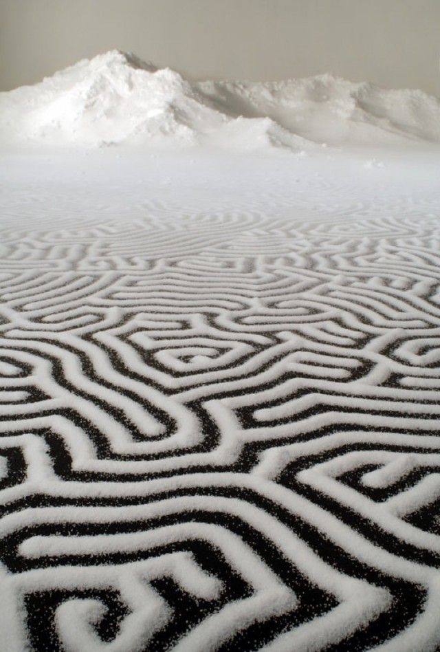 Labyrinth installation using salt by Motoi Yamamoto
