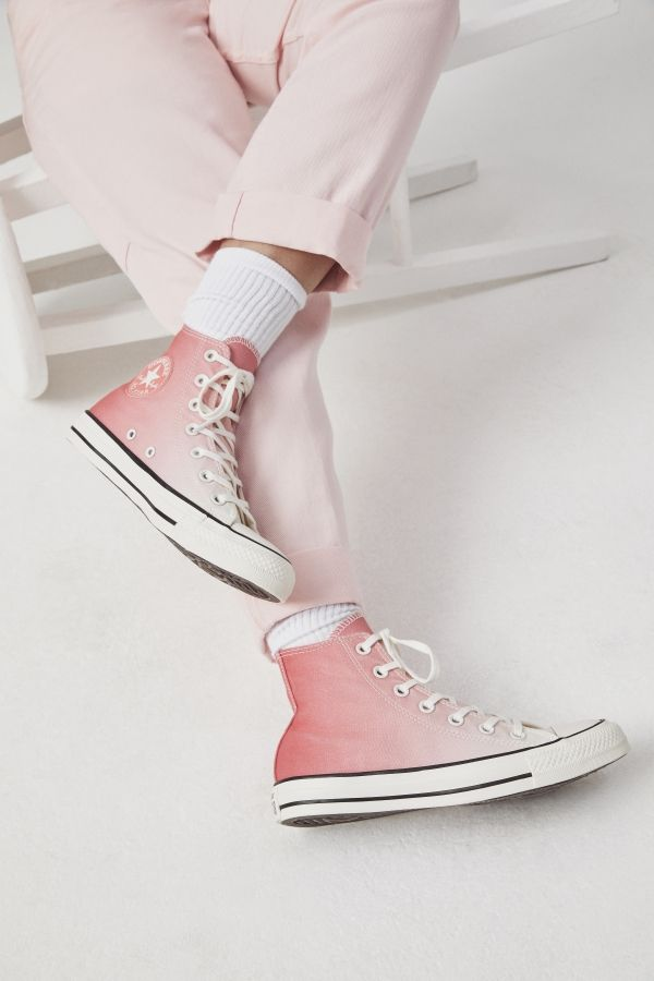 111ee03454f6 CONVERSE CHUCK TAYLOR ALL STAR OMBRE WASH HIGH TOP - PINK