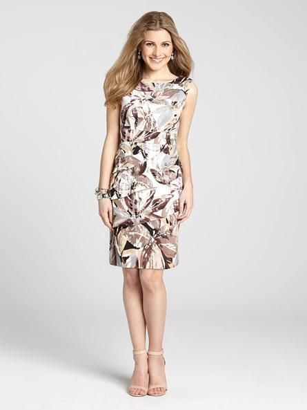 """Laura Petites: for women 5'4"""" and under. This classic fit dress takes on a modern, chic new style with a tiered skirt and a leaf print. Match it up with a blazer or cardigan for a refined work look that is sure to impress!...4010101-8435"""