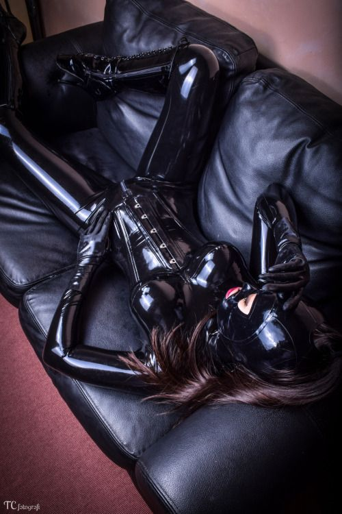 477 Best Latex Images On Pinterest  Latex Fashion, Latex Outfit And Latex Suit-2484