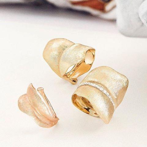 Regram from @olelynggaardcopenhagen  Enjoy all three versions of our hand engraved Leaves rings. #18k #leaves #handengraved #olelynggaardcopenhagen #charlottelynggaard #jewellery #finejewelry #futureheirlooms #lovegold #augustla