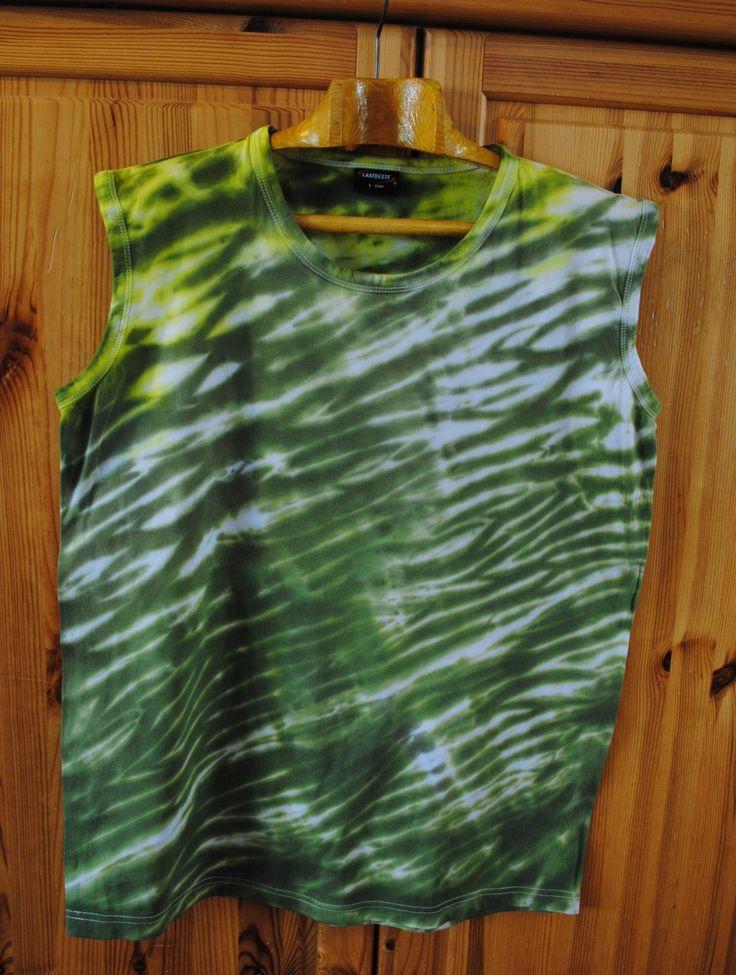 Výprodej+-+Tričko+L+-+Lesní+pramen+Originální,+pánské,+batikované+tričko+bez+rukávů,+velikost+L.+108+cm+přes+prsa,+délka+73+cm,+gramáž+190g/m2.Barveno+kvalitními+reaktivními+barvami,+první+praní+doporučuji+v+ruce,+další+v+pračce+při+teplotě+30+-+40st.