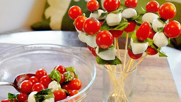 Tomato Pops - Grandparents.com  What a fun way to involve kids in food prep -- and it's so beautiful!