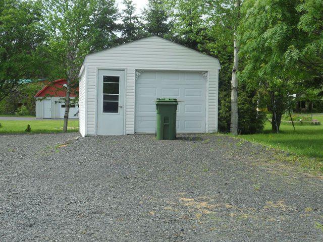 Detached garage.