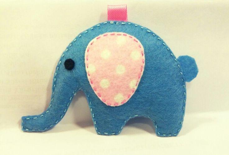 keçe mavi fil - keçe anahtarlık - felt blue elephant - felt key chain