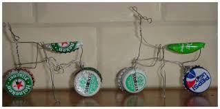 fiets van bierdoppen en ijzerdraad