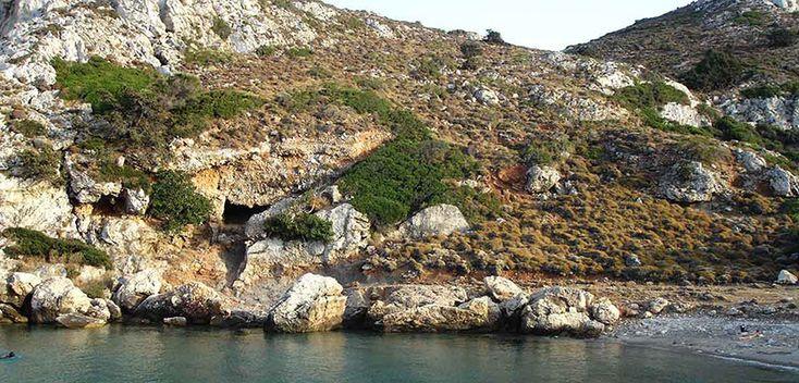 Tres cuevas en Ikaria - http://www.absolutgrecia.com/tres-cuevas-ikaria/