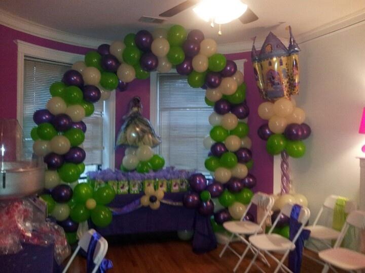 parties balloon arch dalynn s princess princess tiana birthday