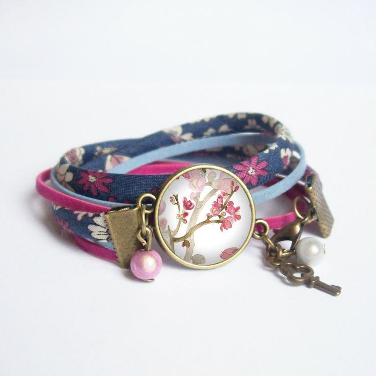 Bracelet cabochon °Esprit Romantique° Bracelet 2 tours en cordons liberty et support de métal couleur bronze. : Bracelet par bouclella