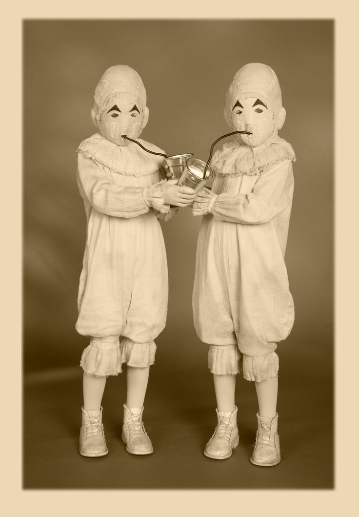 A look at the telepathic twins in a vintage portrait series by Leah Gallos for Miss Peregrine's Home for Peculiar Children. From Tim Burton's Official Facebook page