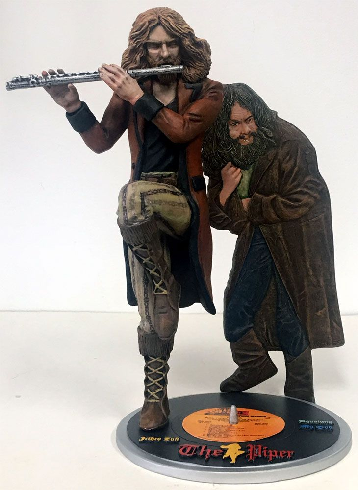 Jethro Tull The Piper II Aqualung 1/7 Scale Figure Model Kit - Click Image to Close