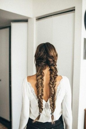 awesome 20 Fishtail Braid Hairstyles that will Make You Look Cuter Check more at http://www.ciaobellabody.com/fishtail-braid-hairstyles/